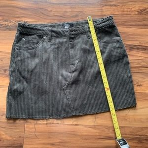 Urban Outfitters BDG raw hem Mini skirt M